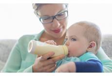 嘉堡服务:婴儿奶量是多少?不同阶段宝宝吃奶量你必须知道!
