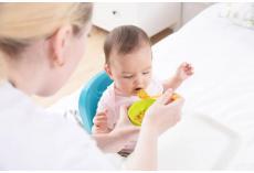 嘉堡服务:6~24 个月宝宝辅食怎么加?看这一篇就够了!