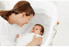 嘉堡服务:产妇坐月子勤换衣服大有学问(新手妈妈必看)