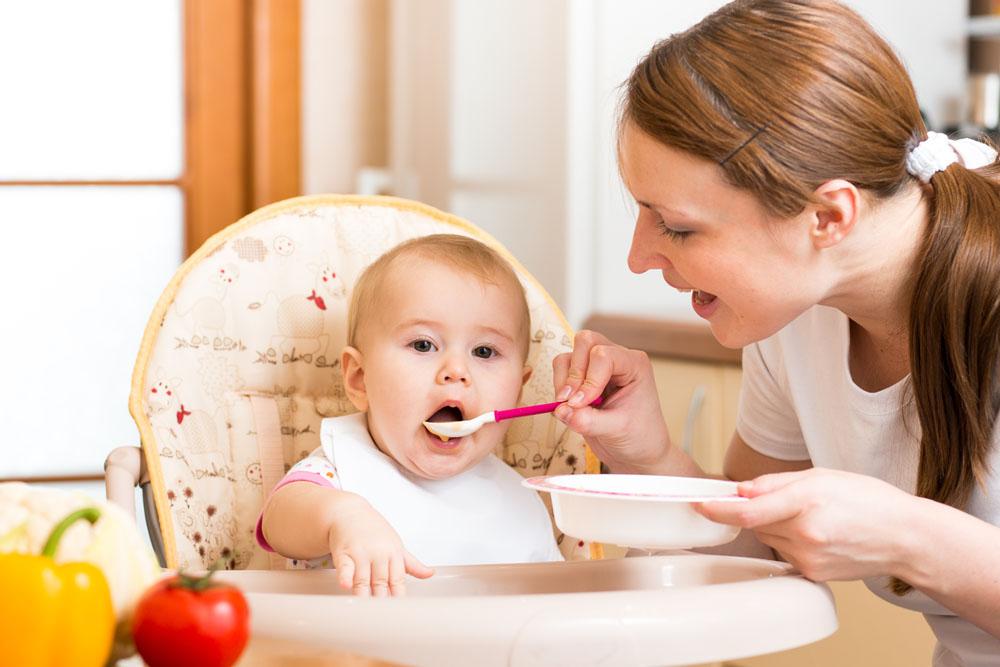 """夏季宝宝饮食的""""五要六不要"""",快来学习~"""