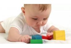 0-1岁新生儿智力开发要点 ,新手爸妈必备!