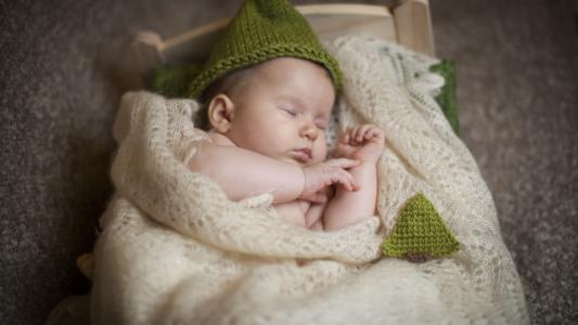 如何给宝宝换尿不湿